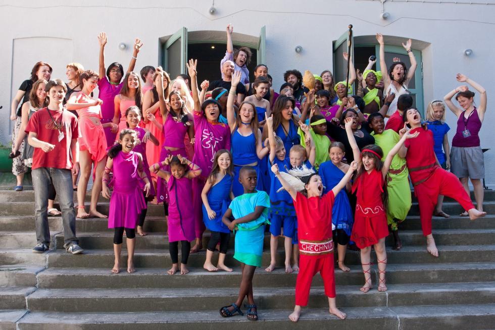 Młodzież ztrzech kontynentów: Brave Kids dla Planety!